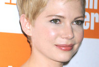 Queen-of-the-pixies-michelle-williams-side